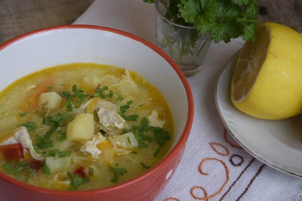 как се прави пилешка супа
