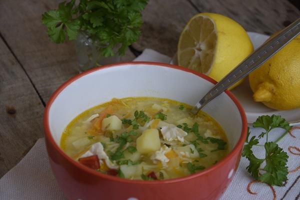 пилешка-супа