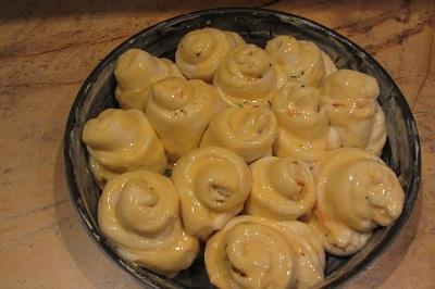 тестени розички преди печене