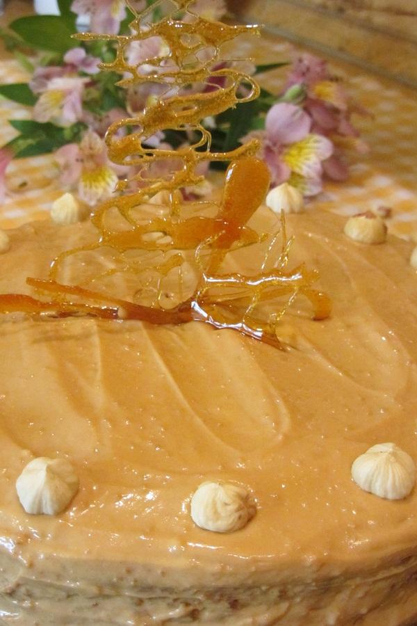 лешникова-торта-крем-с-дулсе-де-лече