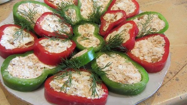 идеи за салати и предястия бързо лесно предястие чушки сирене