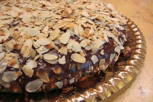 цветен кейк
