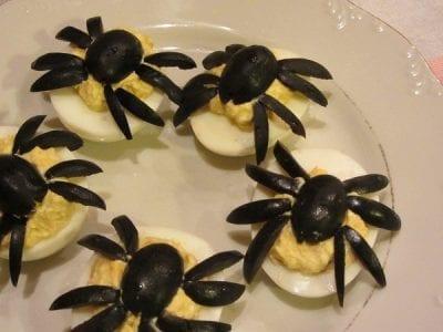 паяци яйца маслини