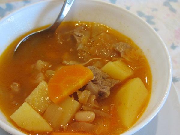 супа с кисело зеле и зелева чорба