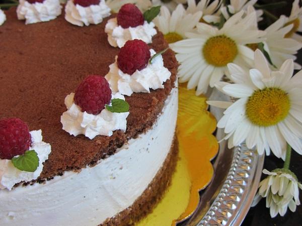 торта желирана сметана малини
