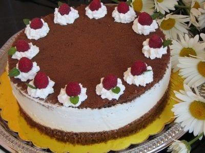 плодова торта сметана