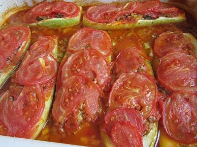 пълнени тиквички с кайма на фурна рецепта