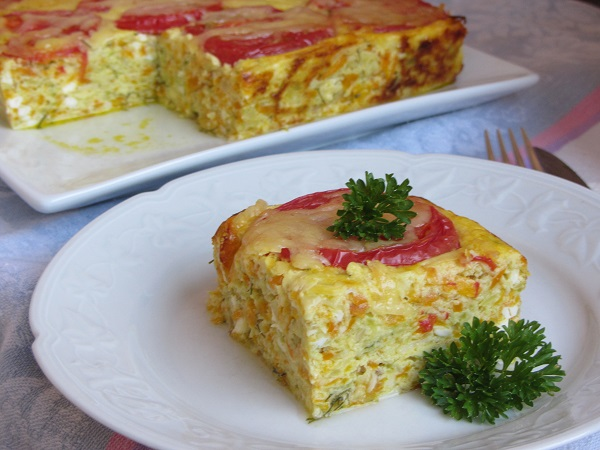 тиквички на фурна с яйца и сирене