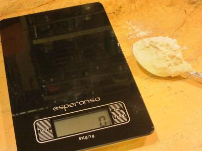 колко тежи супена лъжица брашно
