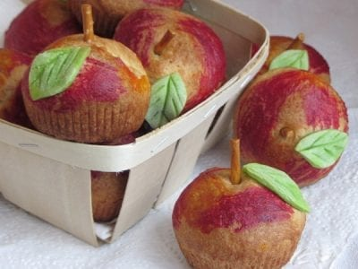 Ябълки от тесто