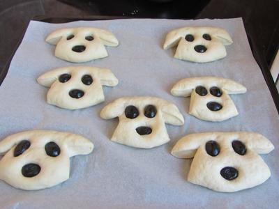 хлебчета-кученца-маслини