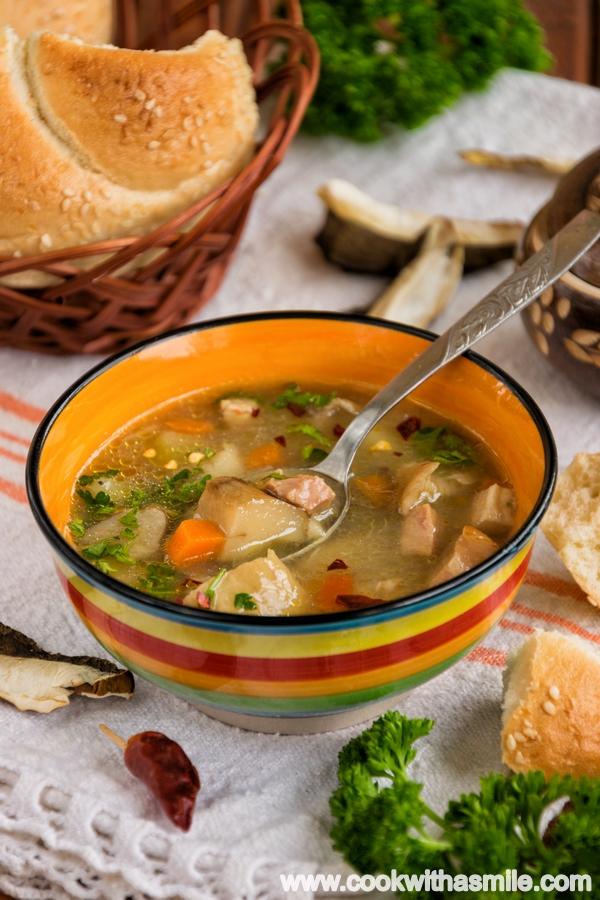 вкусна-супа-от-манатарки-с-бекон