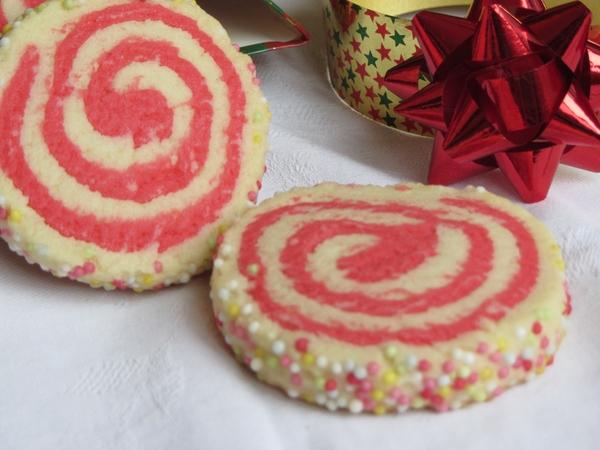 двуцветни-маслени-бисквити-спирали