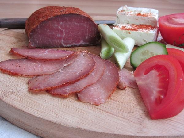 пастърма-от-свинско-месо-филе-Елена