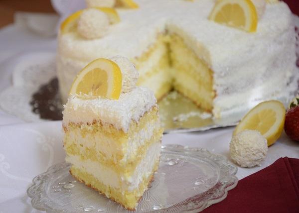 кокосова-торта-с лимони
