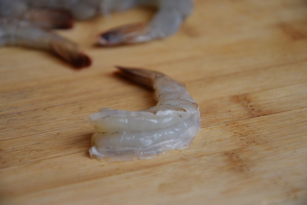 почистване-пресни-скариди