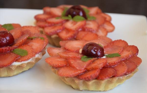 тарталети-с-ягоди-и-крем-рецепта