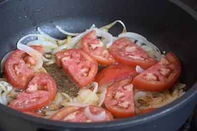 бъркани-яйца-с-домати-рецепта