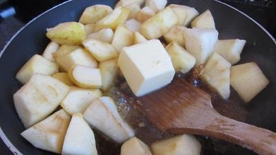 крамбъл с ябълки круши шоколад