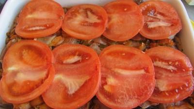 свински вратни пържоли и свински език с праз на фурна рецепта