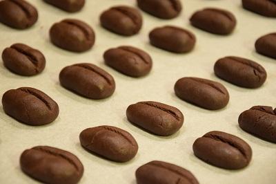 какаови маслени бисквити кафени зърна