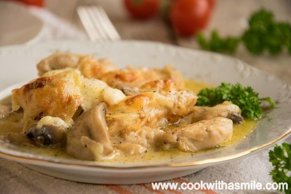 пилешки хапки с гъби и сметана на фурна