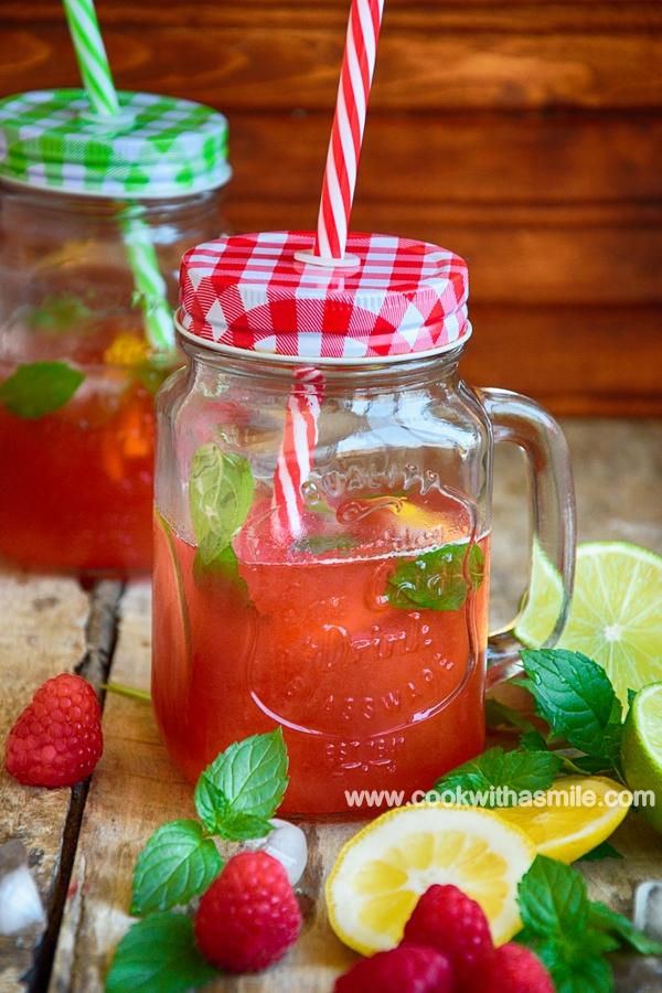 домашна лимонада с малини и лимон