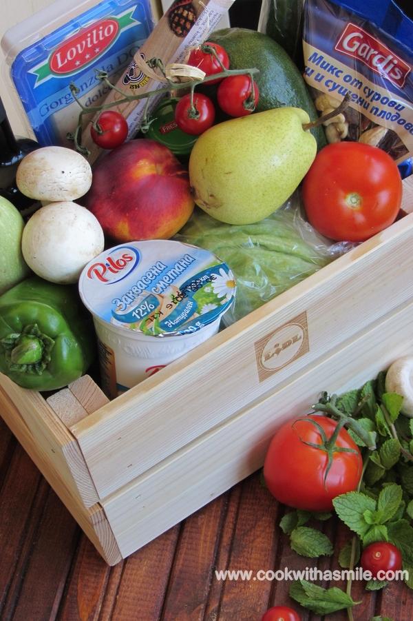салата с гриловани праскови чери домати