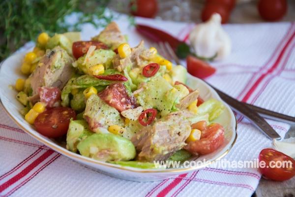 салата с риба тон и авокадо рецепта