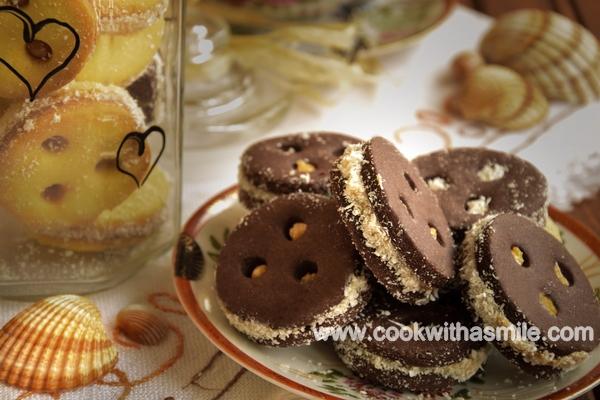 шоколадови бисквити с карамелено кокосов крем рецепта