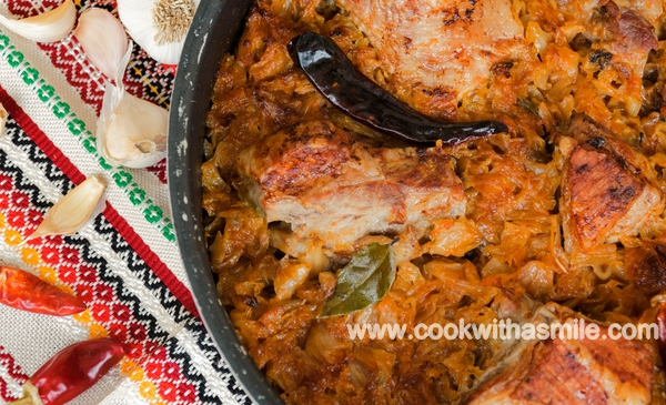 свинско месо с кисело зеле на фурна рецепта