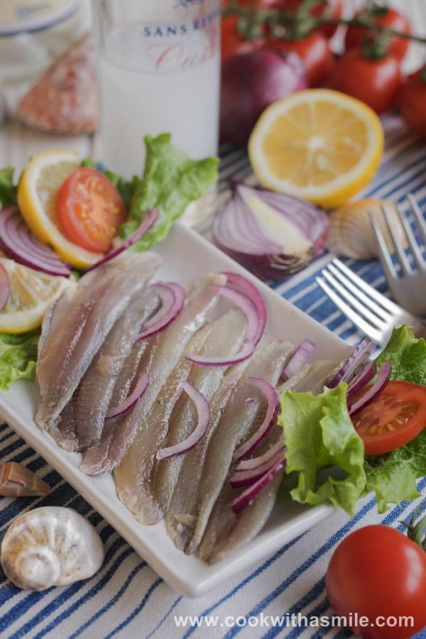 маринована риба сардина