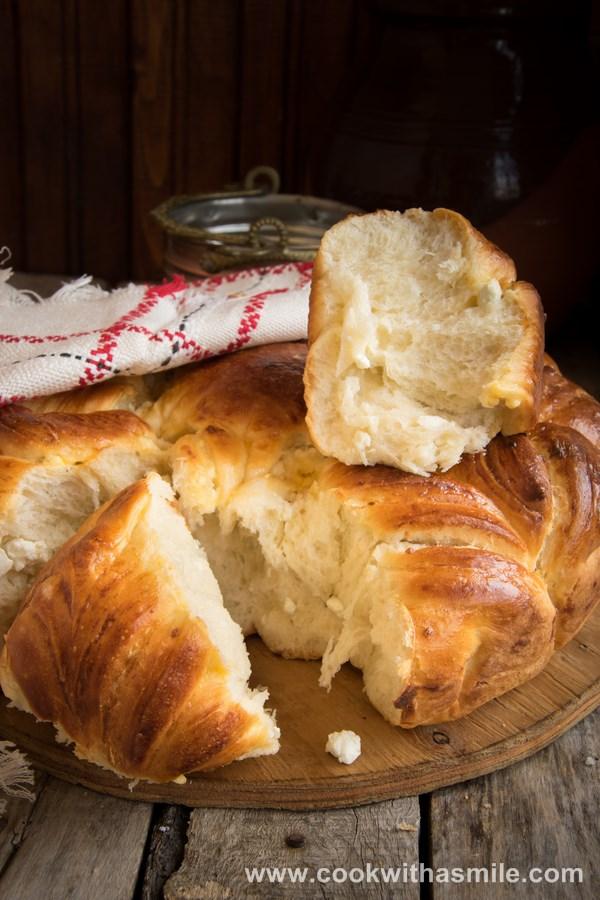 празнична питка усукана питка със сирене рецепта стъпка по стъпка