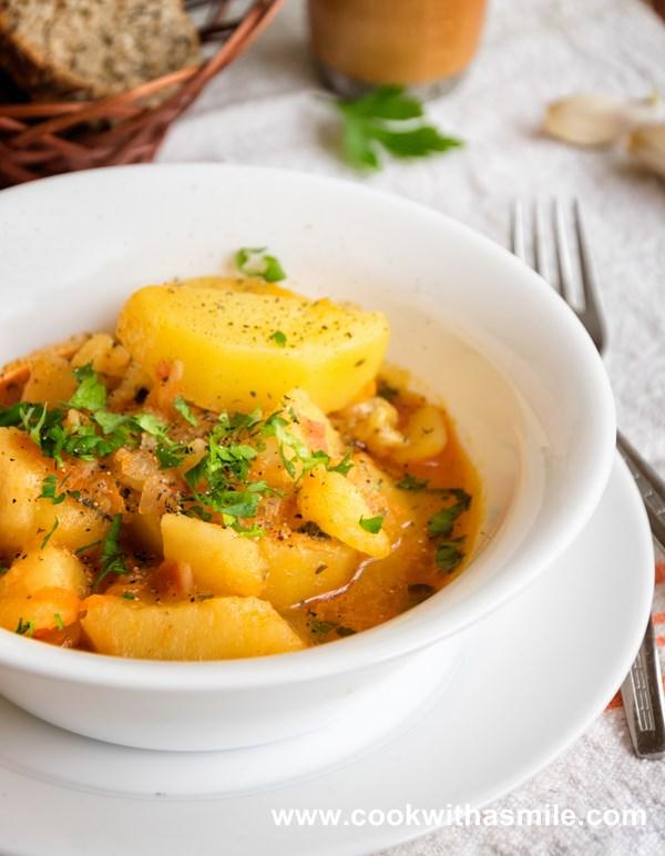 постна картофена яхния по селски рецепта