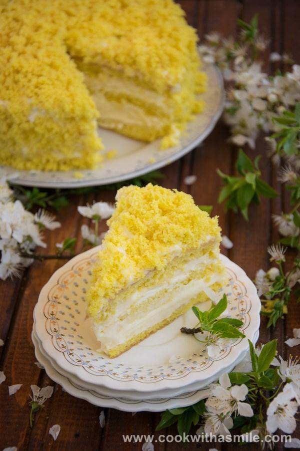 торта Мимоза със заквасена сметана и крем