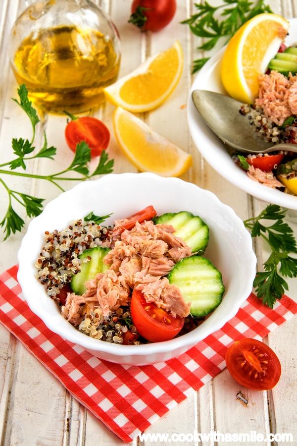 рецепта за салата с киноа и риба тон