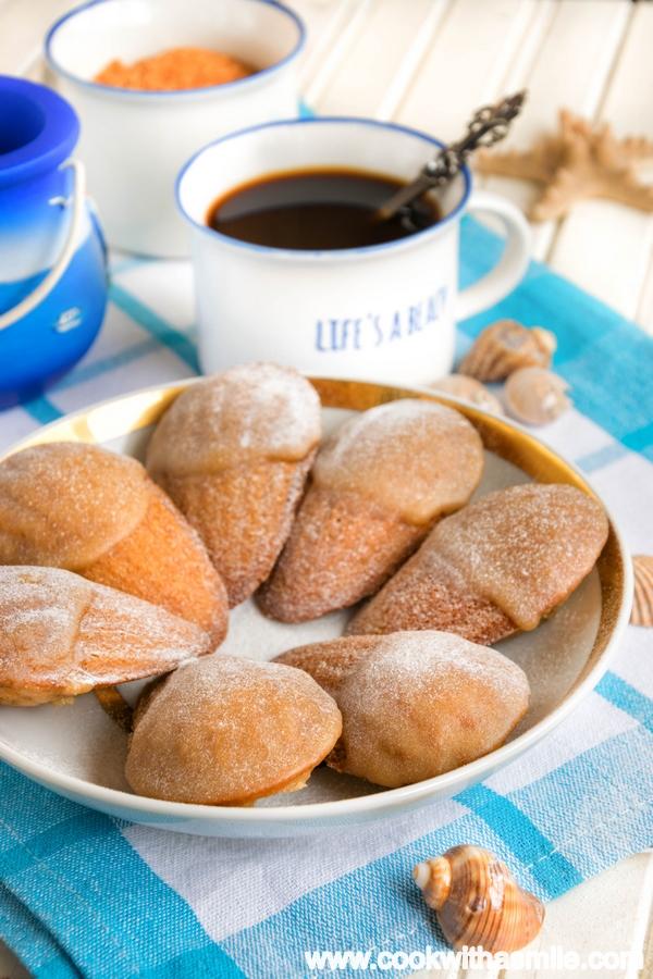 френски мадлени с кафе