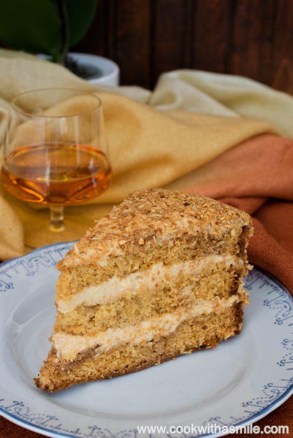 рецепта за медена торта с карамелен крем