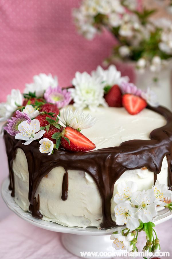козуначена торта с маскарпоне и шоколад