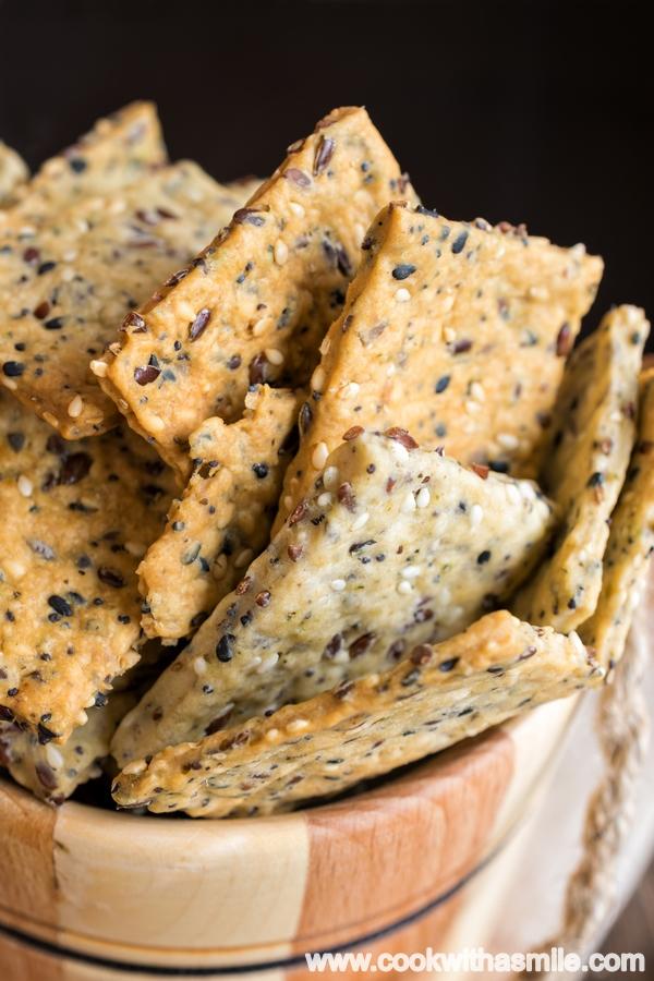 домашни крекери със семена левито мадре