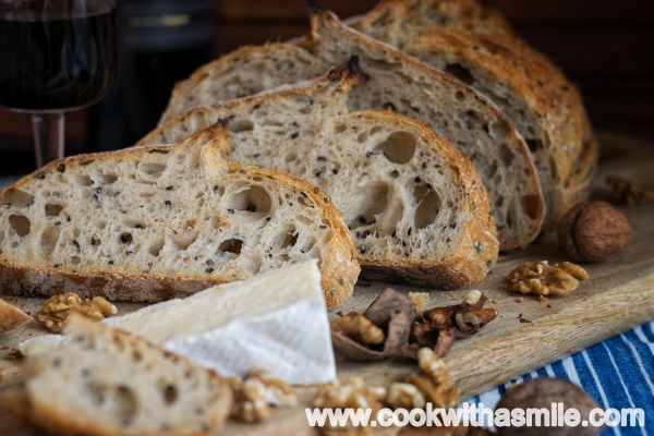 бял-хляб-с-черен-сусам