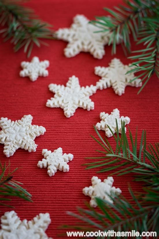 снежинки-от-солено-тесто