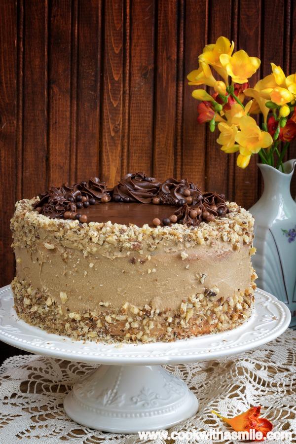 торта Кралица Мария с кафе и шоколад