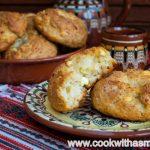 бързи-добруджанки-рецепта-содени-питки-със-сирене