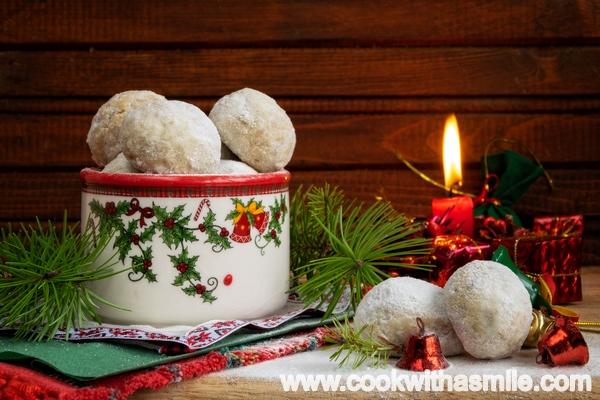 коледни-маслени-бисквити-снежни-топки
