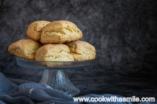 рецепта-за-маслени-американски-бисквити-с-излишен-квас