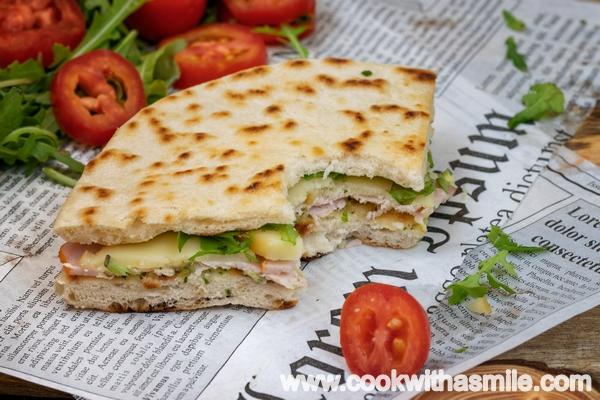 италианска пиадина плосък хляб рецепта
