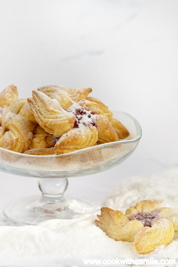 Финландски сладки Коледни звезди от бутер тесто
