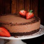 шоколадова-мус-торта-с-кафе