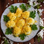 яйца-Мимоза-с-пастет-от-сирене